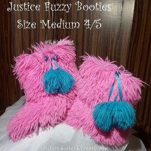 ❗2/$20❗ Justice Fuzzy Booties Size Medium 4/5